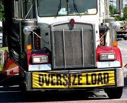 Oversize Load Sign on a Semi Truck - Source - Origamidon - http://www.flickr.com/photos/donshall/